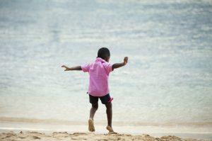 Walk on beach to boost your creativity