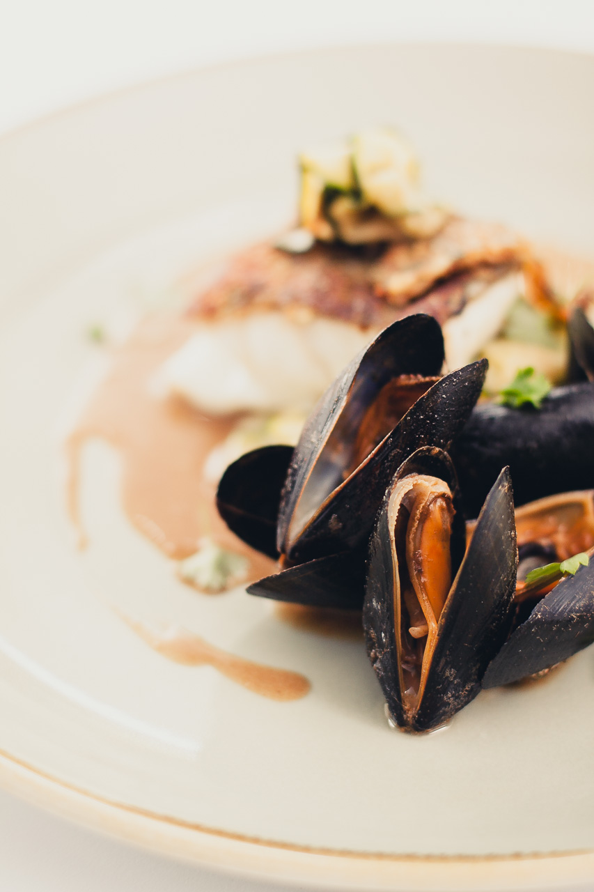 Bistro mussel shot by Richard Budd