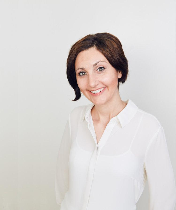 Headshot of Terin Izil